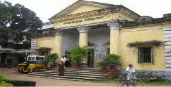 বজ্রপাতে দিনাজপুর পৌরসভার ব্যাপক ক্ষয়-ক্ষতির আশংকা