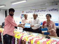 রায়পুরা প্রেসক্লাবের সাংবাদিকদের তিনদিন ব্যাপী প্রশিক্ষন সার্টিফিকেট বিতরন
