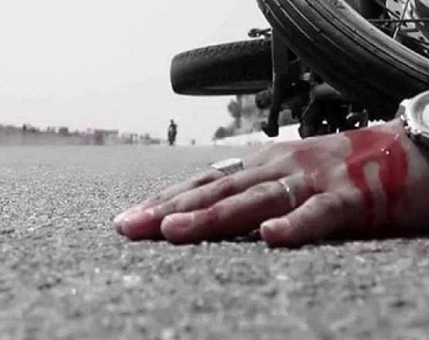 লোহাগাড়ায় কাভার্ড ভ্যানের ধাক্কায় মোটর সাইকেল আরোহী নিহত