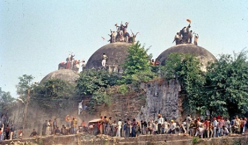 ভারতে ঐতিহাসিক বাবরি মসজিদ মামলার রায় ঘোষণা শুরু