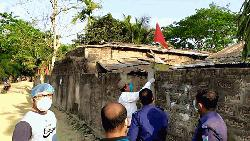 কমলগঞ্জে ৪ বাড়ি লকডাউন, খাবার পৌঁছে দেবেন ইউপি চেয়ারম্যান