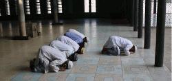 মসজিদে তারাবিতে অংশ নিতে পারবেন ১২জন মুসুল্লি
