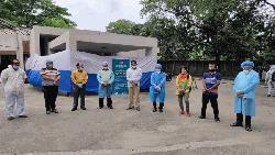করোনা পরীক্ষায় জাতীয় প্রেসক্লাবে নমুনা সংগ্রহের বুথ চালু