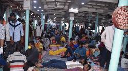 স্বাস্থ্যবিধি উপেক্ষা করে যাত্রী বহন: চাঁদপুর বন্দর কর্মকর্তা বরখাস্ত