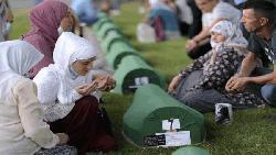 বসনিয়ার মুসলিমদের সেব্রেনিকা গণহত্যার ২৫তম বার্ষিকী পালন