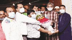 চাঁদপুর-২ আসনের সংসদ সদস্যের সঙ্গে দুরন্ত'৯৭-এর নবনির্বাচিত কমিটির সৌজন্য সাক্ষাৎ