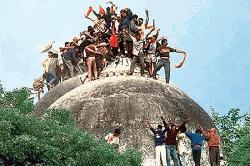 ঐতিহাসিক বাবরি মসজিদ মামলার রায় : সব আসামি খালাস
