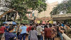 উত্তাল নর্থ সাউথ বিশ্ববিদ্যালয়, অবরুদ্ধ ভিসি