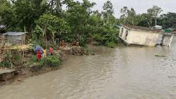 দেশের প্রধান-প্রধান নদ-নদীর পানি কমছে