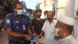 চট্টগ্রামে এএসপি'র উদ্যোগে মসজিদে স্বাস্থ্য উপকরণ সরবরাহ