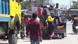 জীবিকার তাগিদে ঢাকায় ফিরছে মানুষ