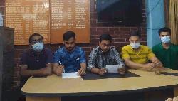 দাবি আদায় না হলে আন্দোলনের হুঁশিয়ারি ঢাবি শিক্ষার্থীদের